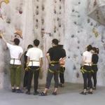 活动回顾:生活就要攀登、尝试、认识新的朋友。——攀岩体验